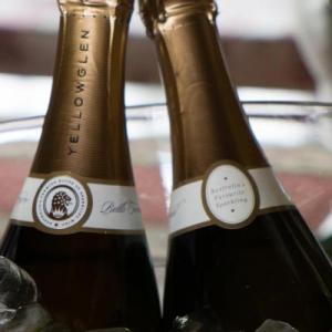 sues-60th-champagne-84501